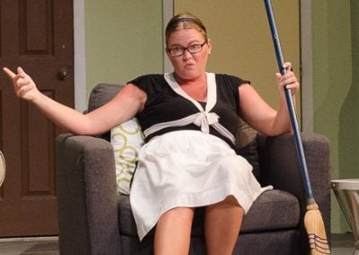 crop 0763 Mal in chair